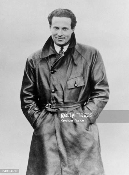 Portrait de l'aviateur Jean Mermoz en France.