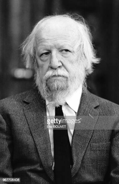 Portrait de l'écrivain anglais William Golding prix Nobel de Littérature le 26 octobre 1983 à Paris France