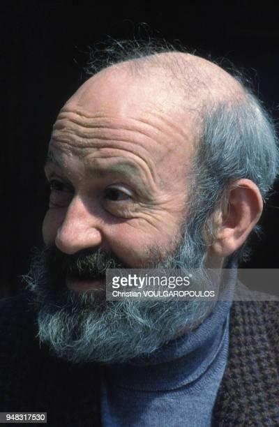 Portrait de l'écrivain Antoine Blondin circa 1980 en France