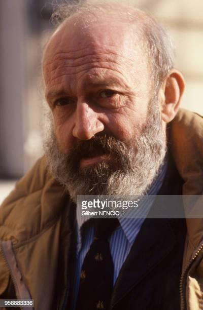 Portrait de l'écrivain français Antoine Blondin en décembre 1987
