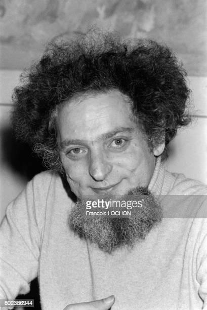 Portrait de l'écrivain Georges Perec le 2 décembre 1978 à Paris France