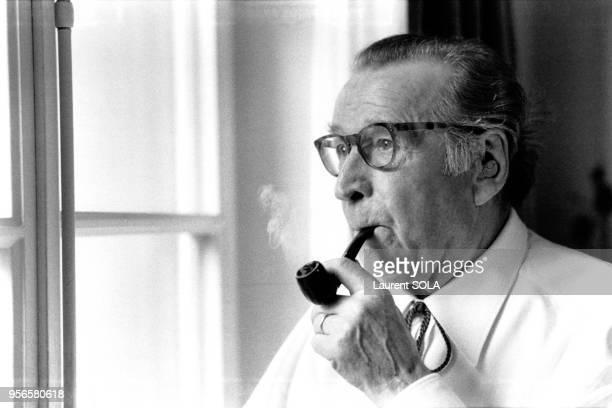 Portrait de l'écrivain Georges Simenon, à Lausanne, Suisse en février 1983.