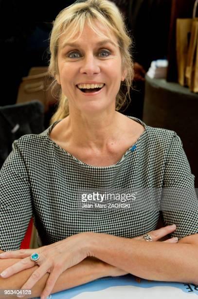 Portrait de l'écrivaine et femme d'affaires française Edith Rebillon lors de la 35e Foire du Livre le 5 novembre 2016 à BrivelaGaillarde France