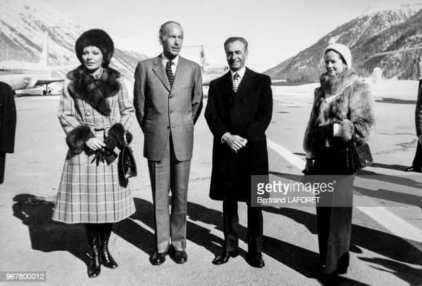 Portrait de l'Impératrice Farah Diba du président français Valéry Giscard d'Estaing du Shah d'Iran et d'AnneAymone Giscard d'Estaing lors d'une...