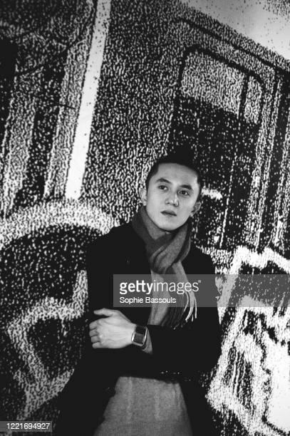 Portrait de Ma Zhong Yi jeune artiste chinois avant gardiste au palais de Tokyo à Paris