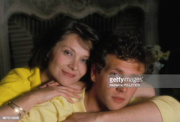 Portrait de Macha Méril et Stéphane Freiss le 15 avril 1985 en France.