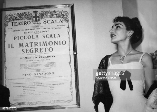 Portrait de Maria Callas au théâtre de la Scala de Milan, Italie, le 26 décembre 1955.