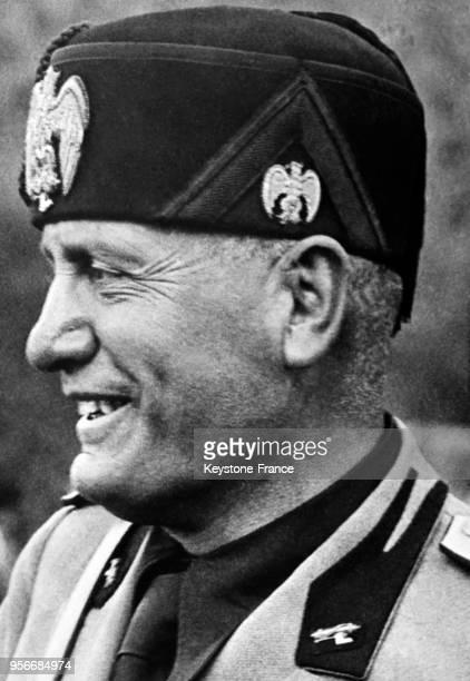 Portrait de Mussolini tout sourire en Italie en mai 1936