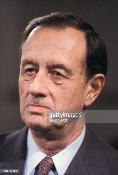 Portrait de Philippe de Gaulle à la télévision le 10 novembre 1983 à Paris France