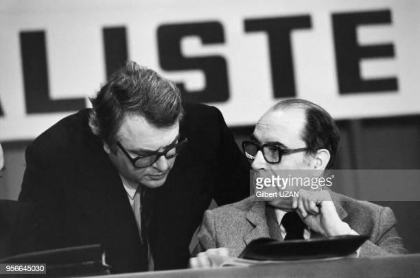 Portrait de Pierre Mauroy et de François Mitterrand au congrès du Parti Socialistes le 6 avril 1979 à Metz France