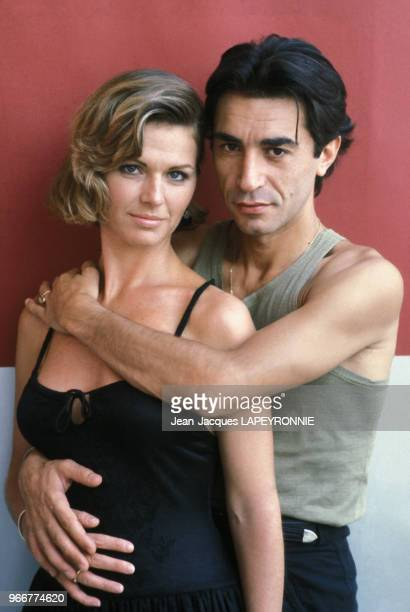 Portrait de Richard Berry et Jeane Manson le 27 juillet 1983 à Paris France