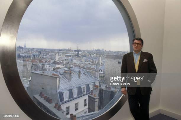 Portrait de Serge July journaliste et directeur du quotidien Libération le 6 avril 1989 à Paris France