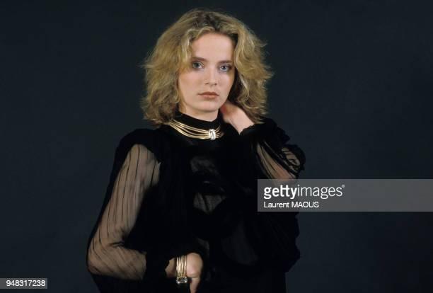 Portrait de Sophie Barjac, actrice, au festival du Film Romantique, en juin 1985 à Cabourg, France.