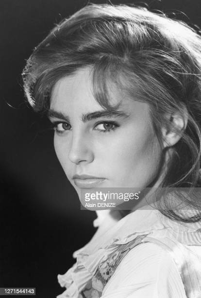 Portrait de Sophie Duez, à Paris, France le 29 juin 1985.