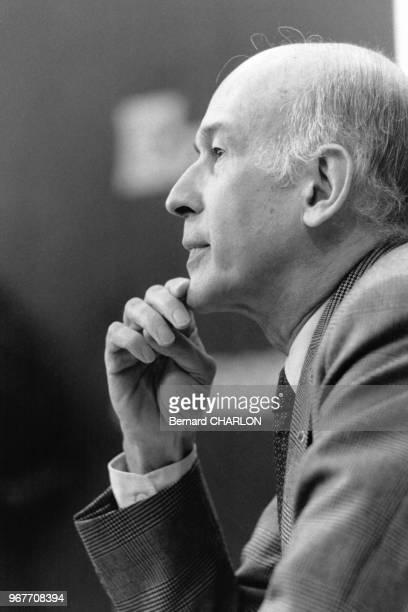Portrait de Valéry Giscard d'Estaing invité au Club de la Presse d'Europe 1 le 17 janvier 1983 à Paris France