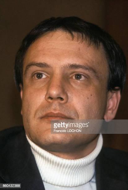 Portrait de Vladimir Boukovski écrivain et dissident soviétique le 19 avril 1977 à Paris France