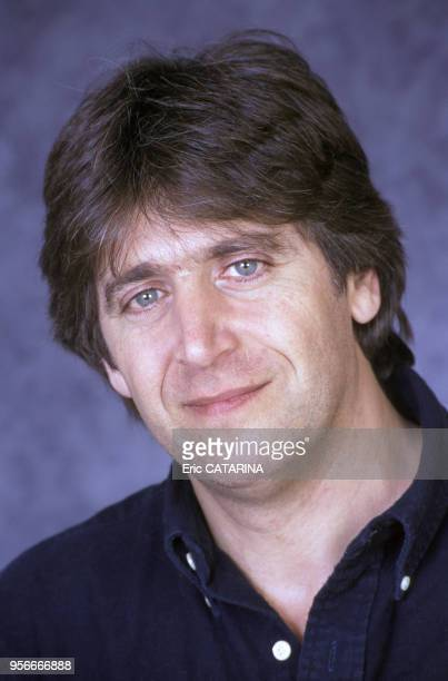 Portrait de Yves Duteil à Béziers en février 1994 France
