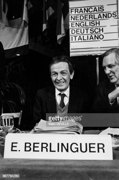 Portrait d'Enrico Berlinguer secrétaire du parti communiste italien lors du congrès de l'Europe le 24 mars 1984 à Bruxelles Belgique