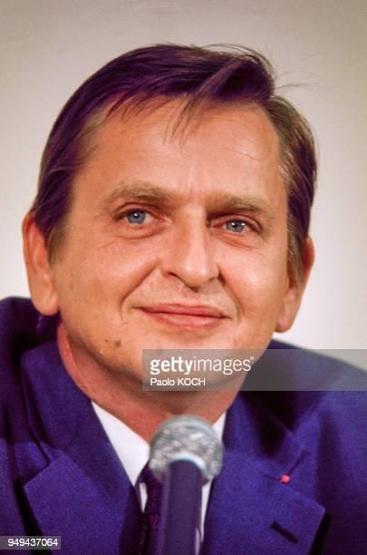 Portrait d'Olof Palme le Premier Ministre suédois lors d'une conférence de presse à Stockholm Suède