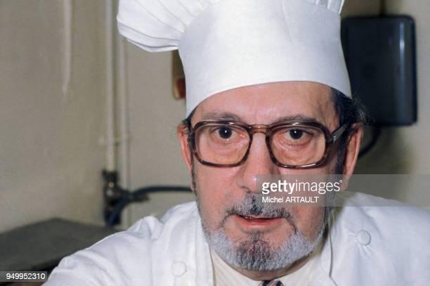 Raymond oliver stock fotos und bilder getty images for Cuisinier oliver