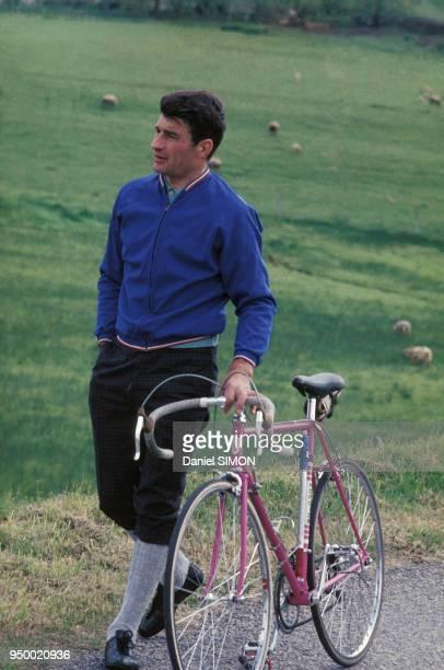 Portrait du cycliste Raymond Poulidor circa 1970 France