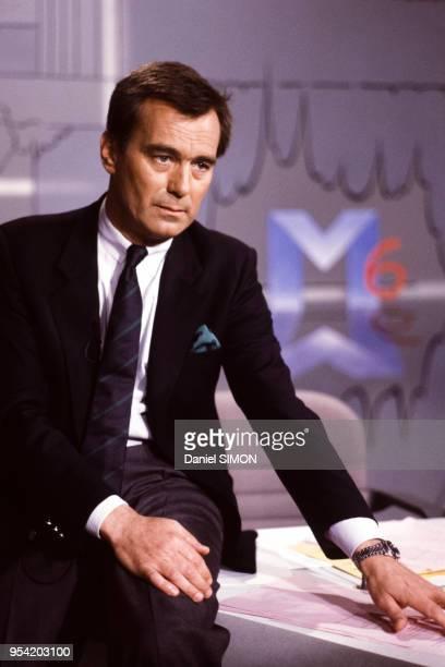 Portrait du journaliste et présentateur Alexandre Baloud directeur de l'information de M6 le 1er mars 1987 à Paris France