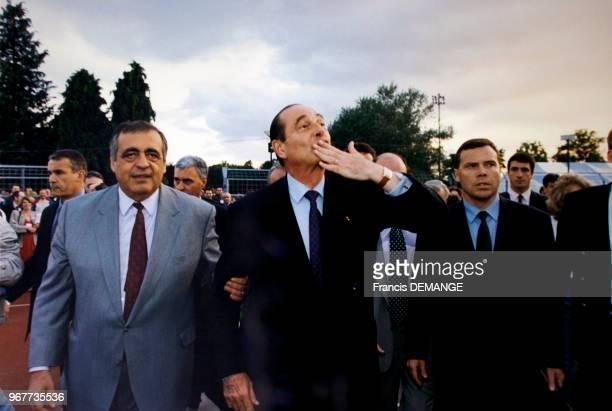 Portrait du maire d'Epinal Philippe Séguin du président français Jacques Chirac et du ministre des Sports Guy Drut lors de l'ouverture des 6èmes Jeux...