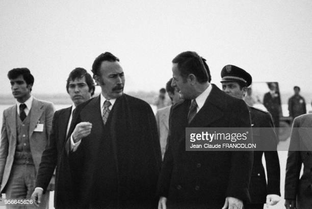 Portrait du président algérien Houari Boumediene et du président syrien Hafez elAssad lors de la conférence de la fermeté le 1er février 1978 à Alger...