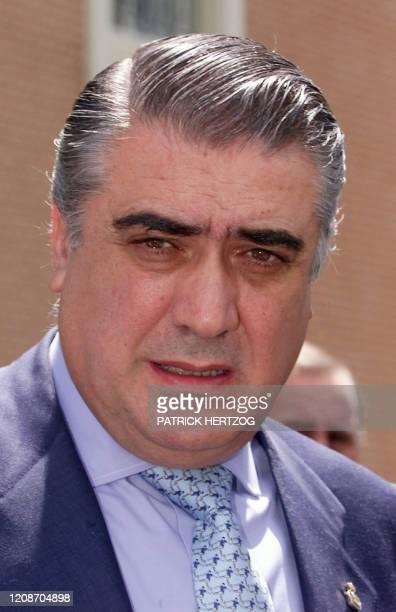 portrait du président du Real Madrid Lorenzo Sanz pris le 23 mai 2000 à Versailles lors d'une conférence de presse