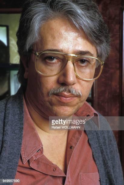 Portrait du réalisateur argentin Luis Puenzo en juillet 1987 Argentine