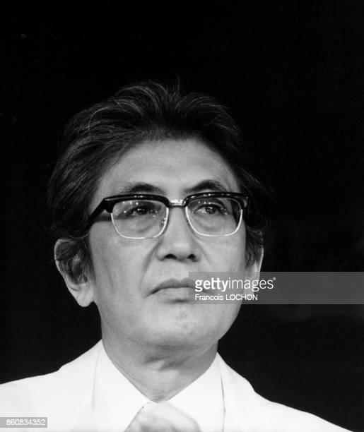 Portrait du réalisateur japonais Nagisa Oshima au Festival de Cannes en mai 1983 à Cannes France
