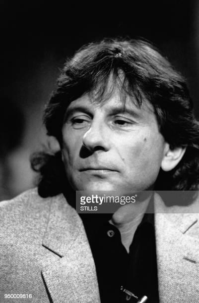 Portrait du réalisateur Roman Polanski sur un plateau de télévision à Paris France Circa 1980