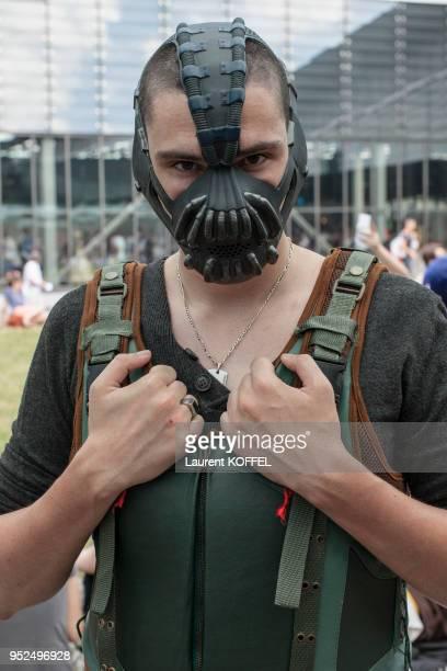 Portrait d'un jeune homme avec un déguisement dans les allées de Japan Expo le 4 juillet 2014 au parc des expositions de Villepinte France