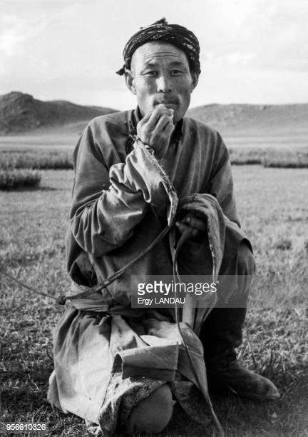 Portrait d'un nomade en Mongolie