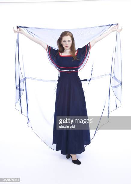 Abendkleid Stock Photos and Pictures | Getty Images