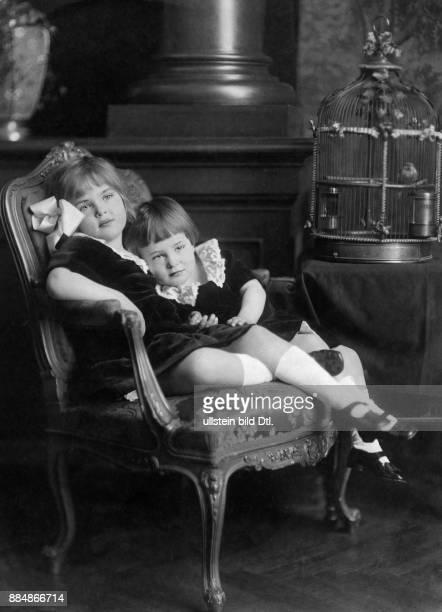 Portrait mit Prinzessin Cecile Hermann C Kosel Originalaufnahme im Archiv von ullstein bild