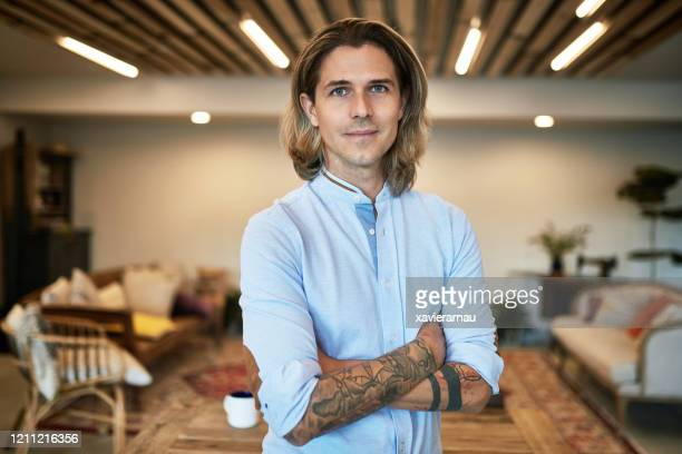 portrait of 33 year old caucasian marketing specialist - medium length hair stock pictures, royalty-free photos & images