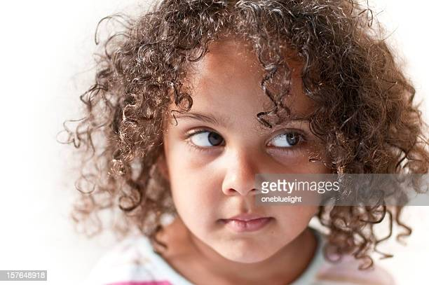 portrait of 4 years old little girl with afro hairstyle - 2 3 years stock pictures, royalty-free photos & images