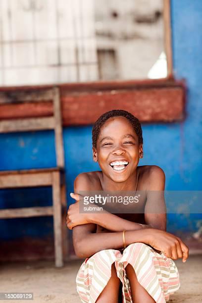 Portrait d'un petit garçon africain