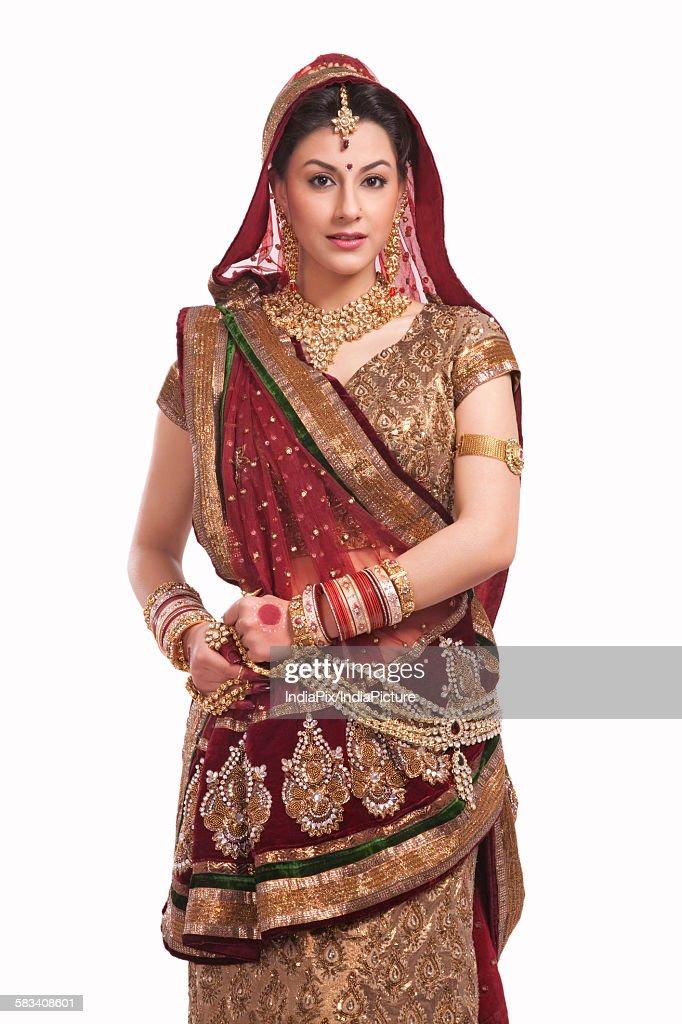 Portrait of a beautiful bride : Stock Photo