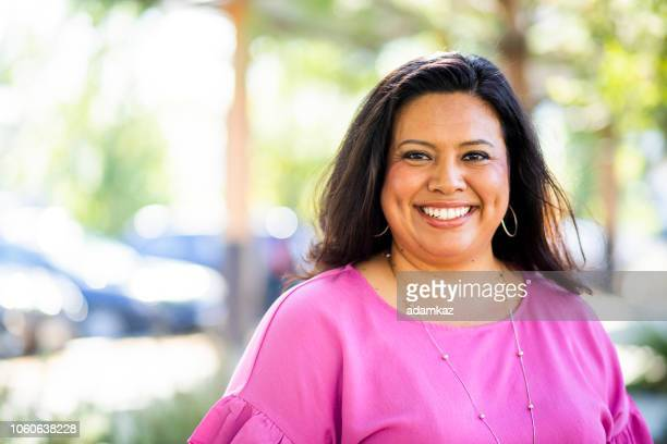 portrait of a beautiful hispanic woman - latin american and hispanic ethnicity stock pictures, royalty-free photos & images