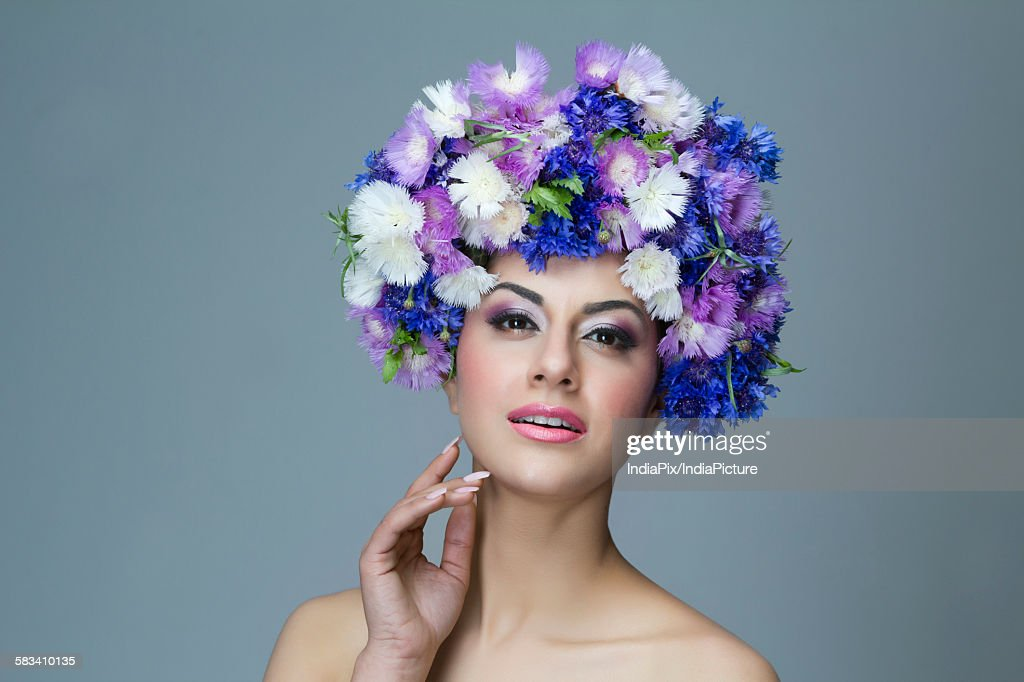 Portrait of a beautiful woman : Stock Photo