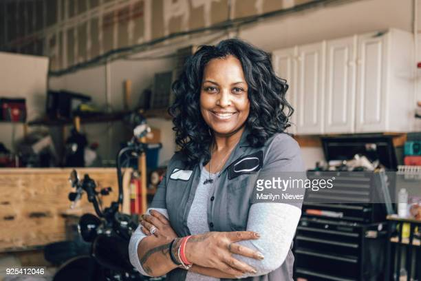 portrait of a bike builder - working class stock pictures, royalty-free photos & images