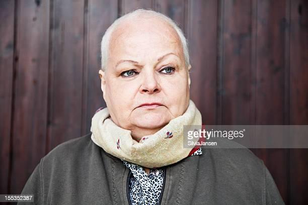 Porträt eines Patienten in Chemotherapie Krebs nach