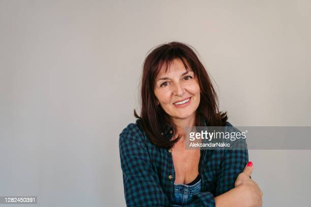 portrait of a confident woman - women's rights stock pictures, royalty-free photos & images