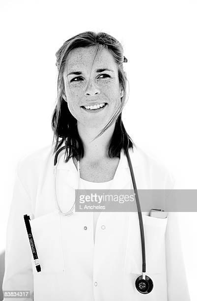 portrait  of a doctor sweden. - donna mezzo busto bianco e nero foto e immagini stock