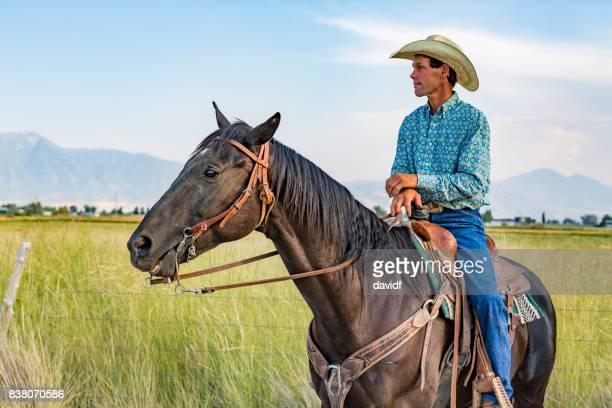 Porträt eines Bauern auf dem Pferderücken