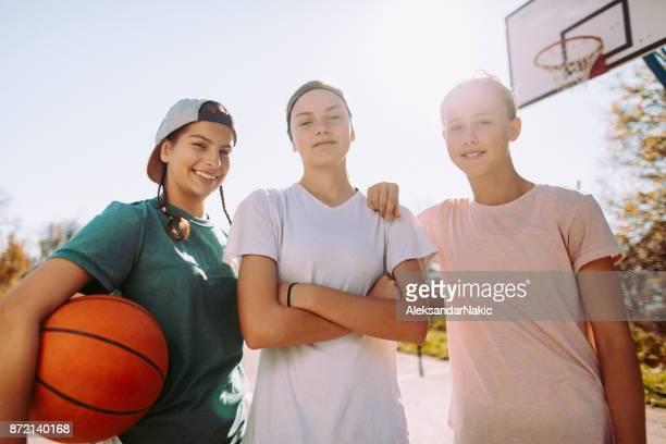 Porträt von einem weiblichen Basketball-team