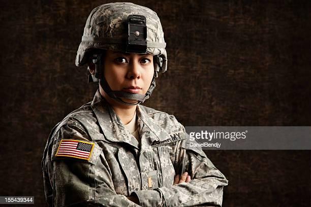 Retrato de una mujer US Army Soldier
