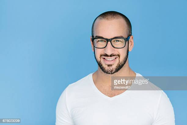 portrait of a gay man - beautiful gay men photos et images de collection